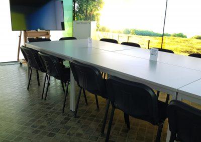 Arbeits- und Besprechungsraum